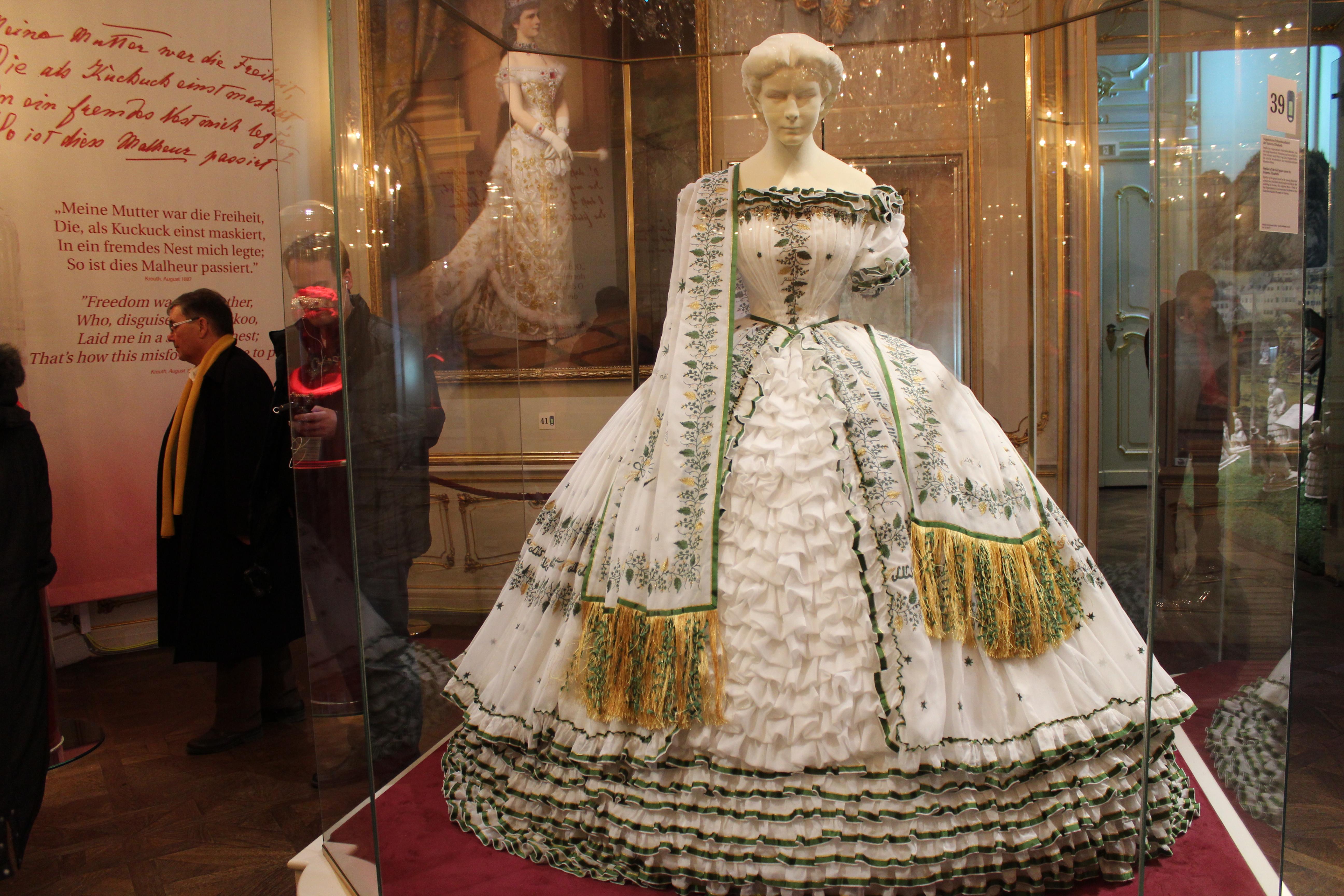 la véritable robe de mariée de l\u0027impératrice autrichienne